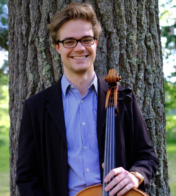Alex Chambers-Ozasky: Cello Instructor